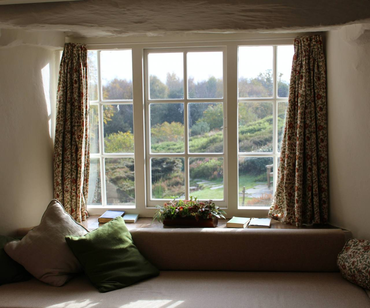 Double Glazing Vs Triple Glazing – Which Should You Choose And Why?